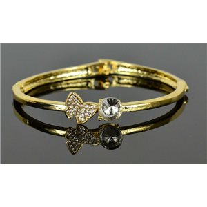 Gold colored metal bracelet Chic Collection set with Rhinestones D55mm clip clasp 76656