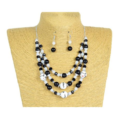 New Collection 2019-2020 Adornment Necklace 3 rows of Pearls in Suspension L44-48cm 77173