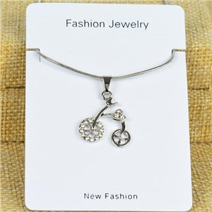 IRIS Silver Color Rhinestone Pendant Necklace Snake chain L40-45cm 78314