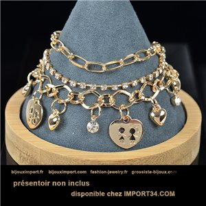 Pretty multirang charms bracelet set with high-shine rhinestones in gold metal 79066